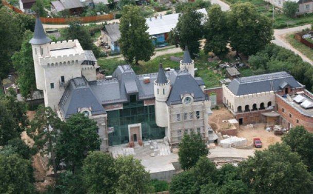 Пугачова переїжджає у замок Максима Галкіна