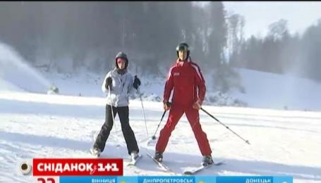 """Цього року найбільший гірськолижний курорт України """"Буковель"""" відкрив ювілейний 15 сезон"""
